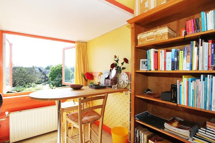 CLASSIC HOME: GARDEN VIEW, SERENE, 1bdrm
