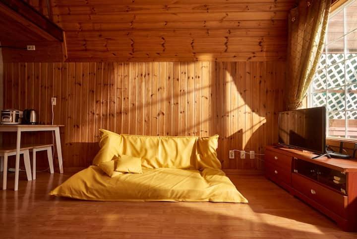 소나무(복층, 독립된 캐빈형 객실)