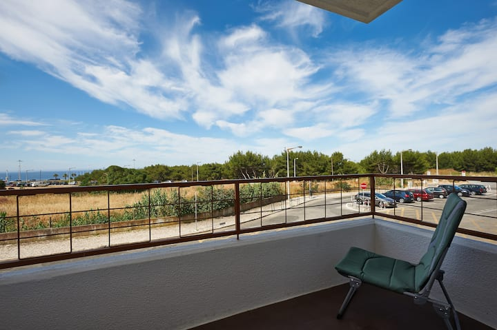 100 meters from Carcavelos beach