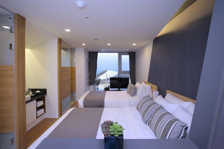 슈페리어 트윈 산전망 (高级山景双床房) - Beophwan-dong, Seogwipo-si - Apartament
