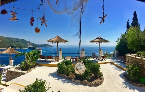 Villa Bouganville   Studio w/ La Grotta Seaview