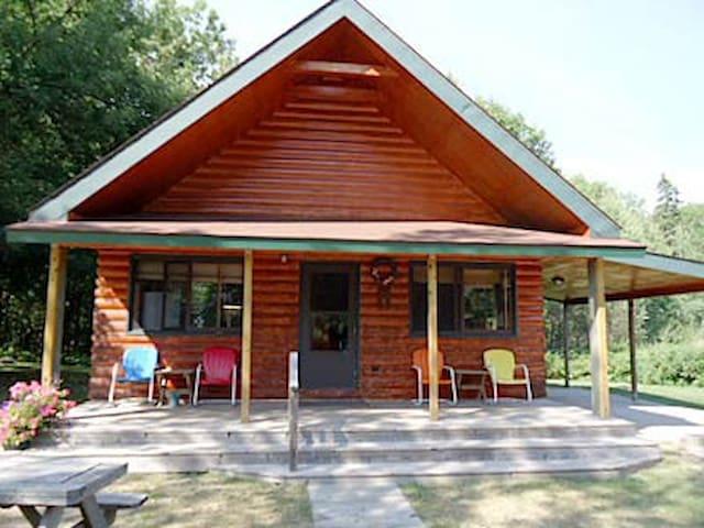 Cabin lake front - Tenstrike - Houten huisje