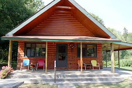 Cabin lake front - Tenstrike - 小木屋