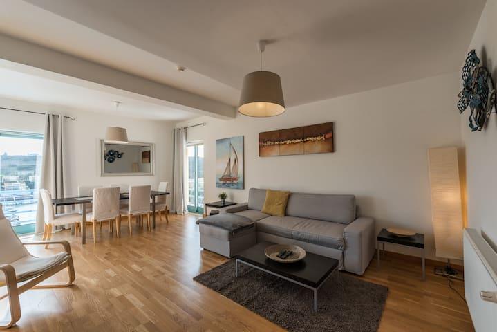 Sunny Marina view apartment Albufeira 1B-3C