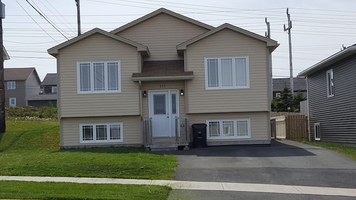 3 Bedroom +1 Bed Rec Room  Kenmount Terrace  Home
