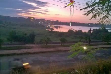 Banlung balcony