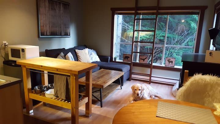Whistler/Creekside Condo - 1 bdrm + loft