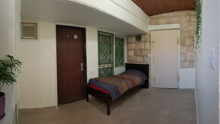 Pastoral private entrance apartment north Jerusale