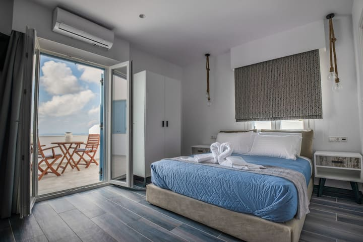 Mandilaras village-Aegean Breeze Apartment