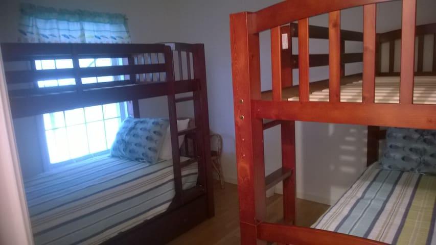 Kids Bedroom 2 sets of bunk beds