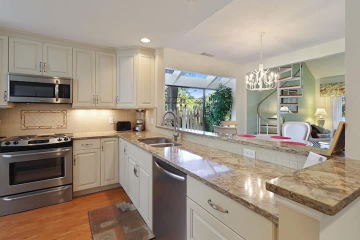 Chef's fully equipped dream kitchen