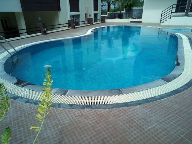 1 bhk terrace and sitout appartment