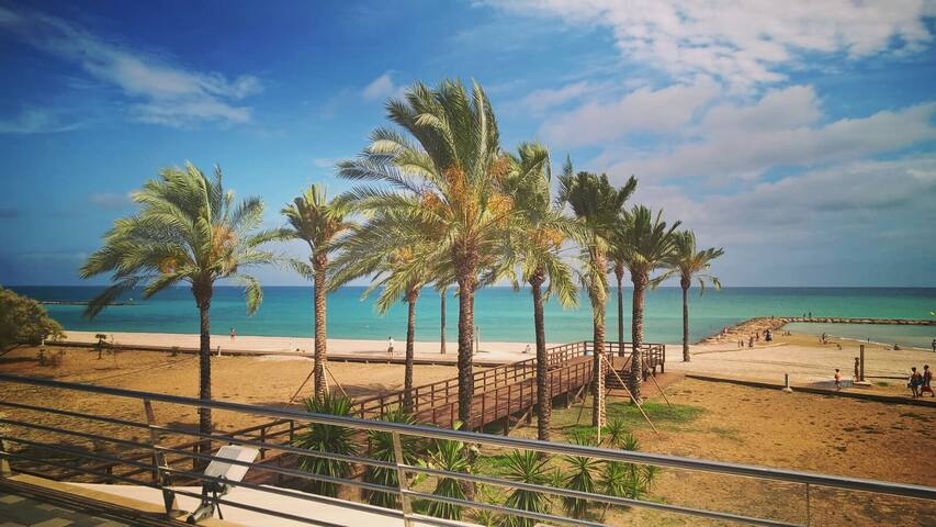 Comodidad, playas y buen ambiente :)