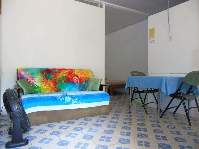 Habitación Básica económica Casa Miriam