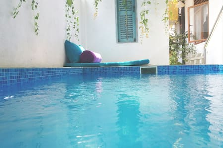 Villa in Panadura with Private Plunge pool/jacuzzi