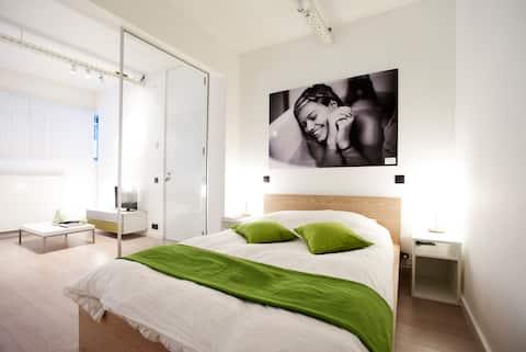 Stylish Loft Flat in Secured Condominium