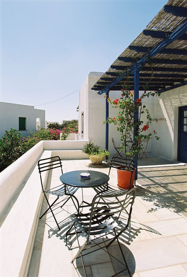 Tinos Greece apartment l.veranda