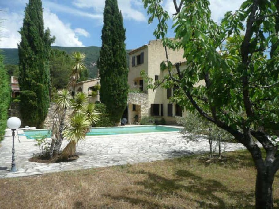 Holiday rental nyons private pool nyons provence houses for Camping nyons piscine
