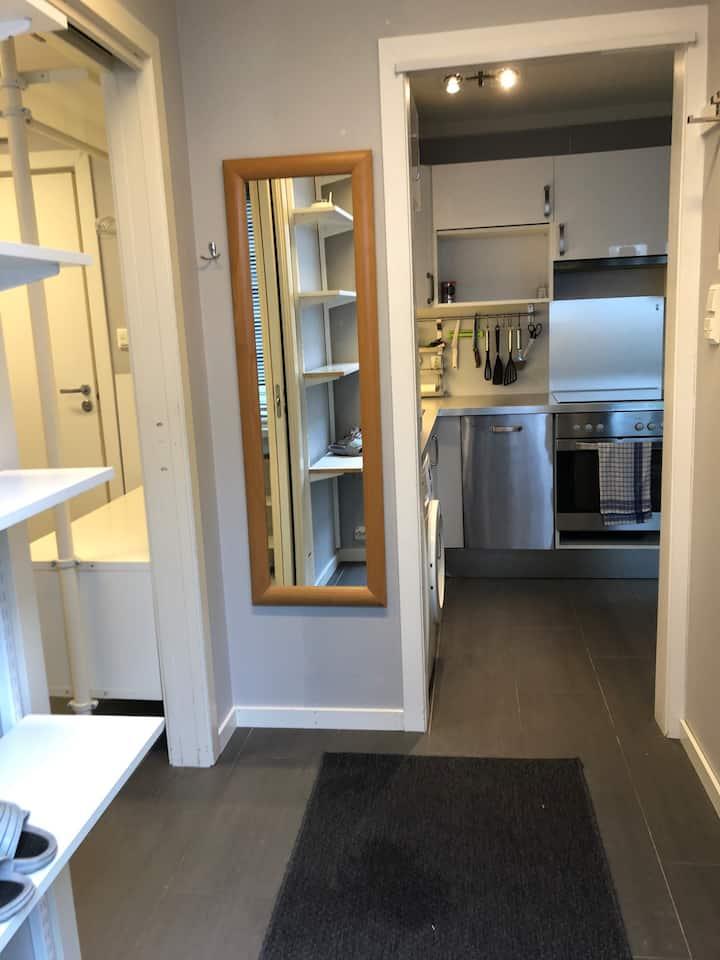 Separat liten leilighet i bykjernen i Lillesand.