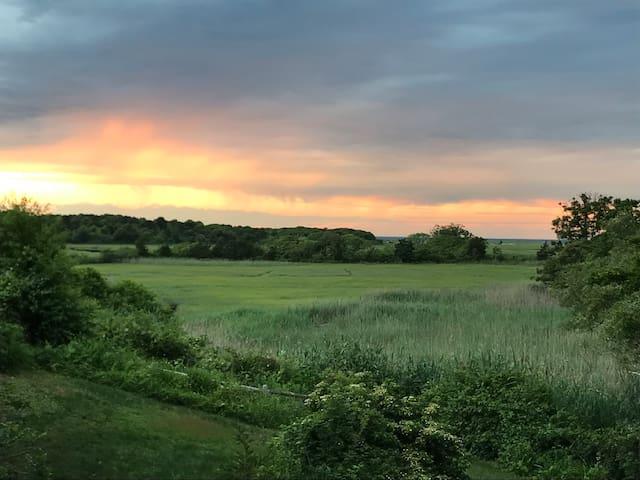 Cape Cod  Bay & Quivett Creek Views-Great Sunsets!