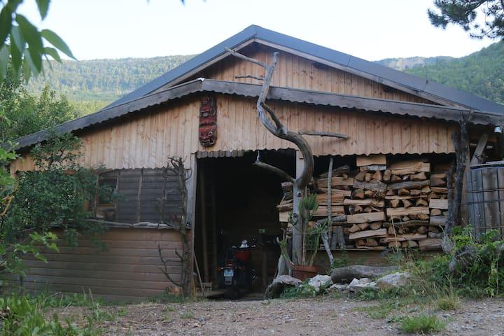 maison au naturel-lieu insolite-dépaysement assuré - Beaumont-en-Diois - Loft