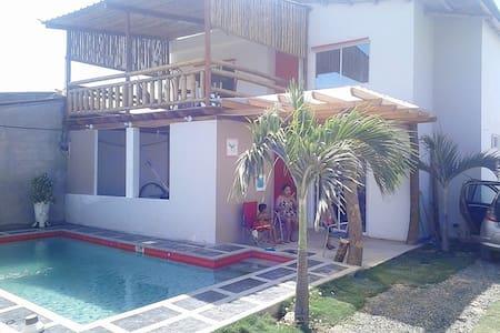 Casa de playa en crucita beach - Crucita - Huis