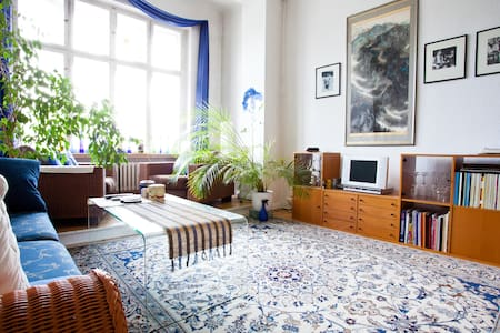 80 m² full of charm, flair & light - Berlino