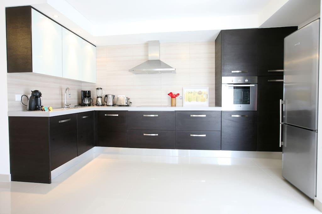 HolidayOnJ - Kitchen J