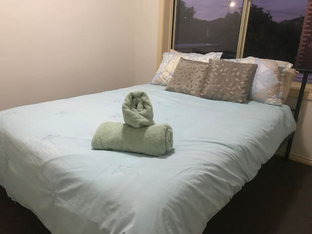 Super Relaxing **PRIVATE**Room 5 mins Airport