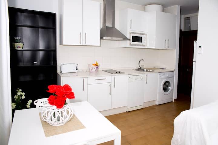 Apartamento ideal parejas, centro pueblo