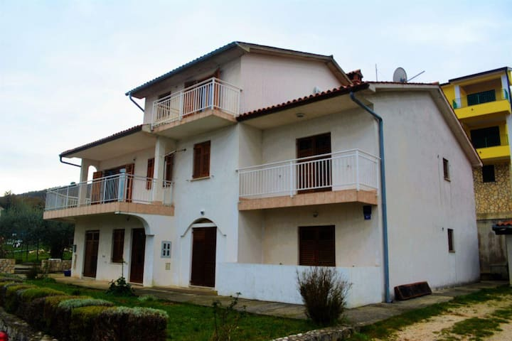 One bedroom apartment with balcony and sea view Labin (A-11891-a) - Drenje - Byt