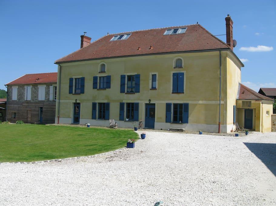Nice bedroom near chateau thierry casas en alquiler en torcy en valois picard a francia - Casas de alquiler en francia ...