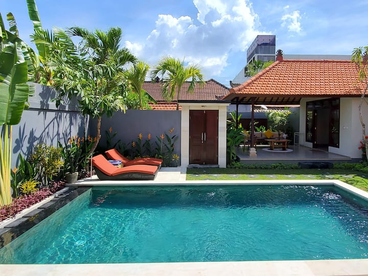 EXCELLENT  AmaLuna II Villa in  heart of Seminyak