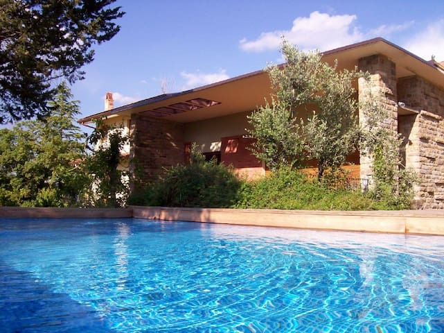 Villa in Tuscany, pool, air cond. - Pergine Valdarno - Villa