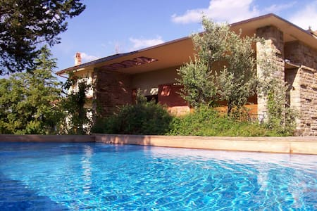 Villa in Tuscany, pool, air cond. - Pergine Valdarno