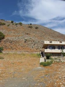 Artemis Villa Agia Roumeli Chania Crete - Agia Roumeli