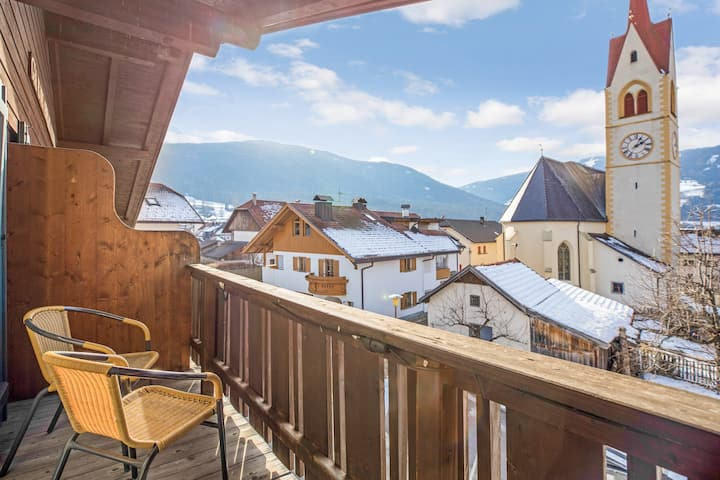 "Holiday Apartment ""Kruma - Bankl 2"" with Mountain View, Wi-Fi & Balcony; Parking Available, Pets Allowed upon Request"