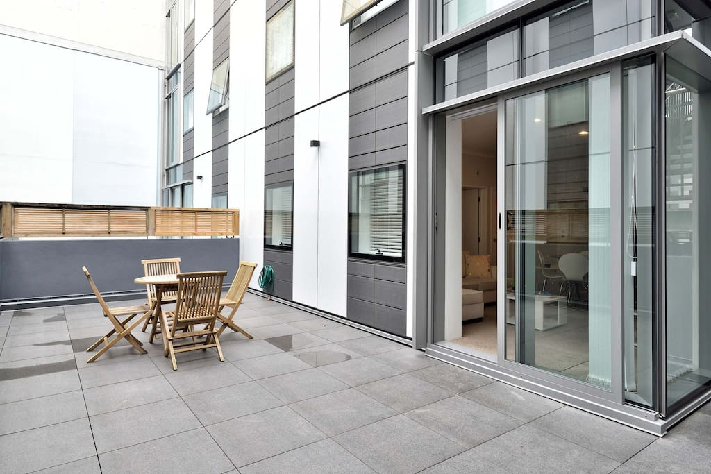 outdoor seating Auckland furnished suites