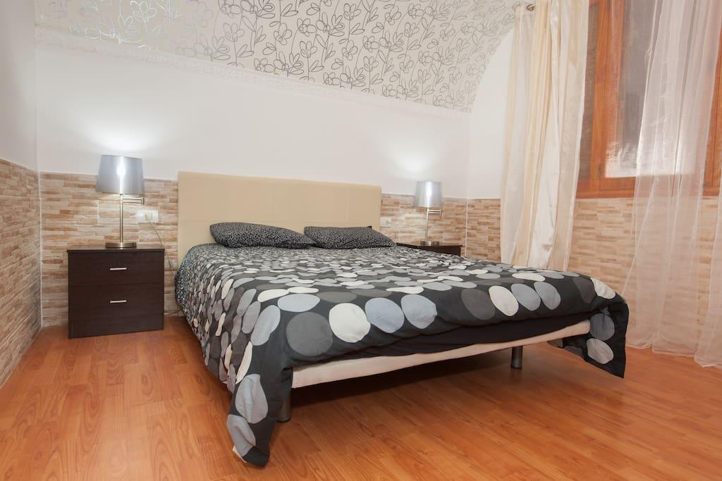 Первая спальня с приватным санузлом