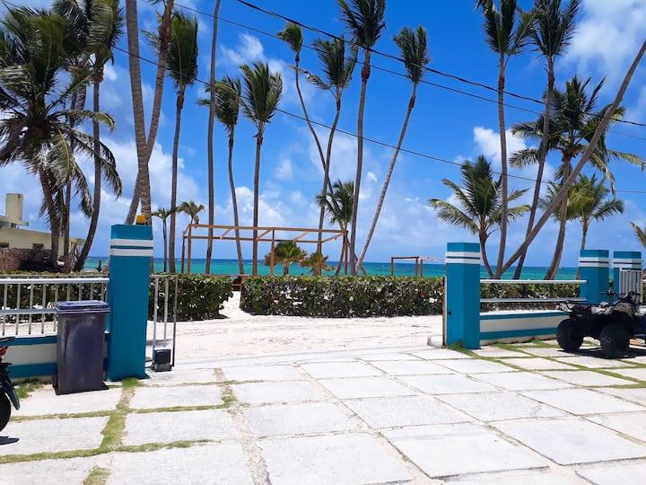 BEACH ROOM B&B Habitación frente al Mar C/desayuno