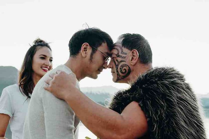 The Hongi- connecting Māori culture and you to New Zealand.