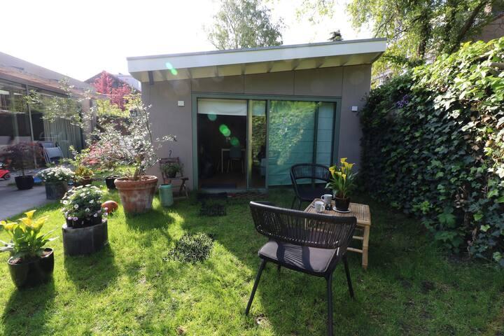 BnB Maxwell - Luxurious Amsterdam Garden house