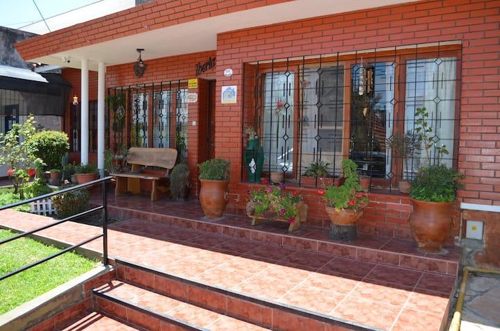 CHALET IBERIA   -   Casa en La Falda Córdoba