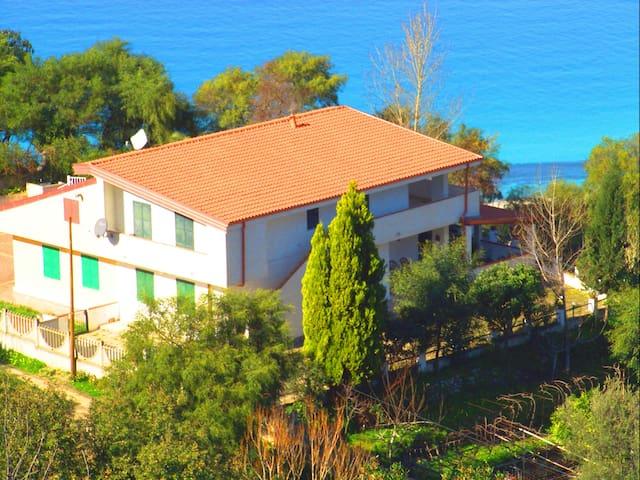 Villa Francy  - Zambrone