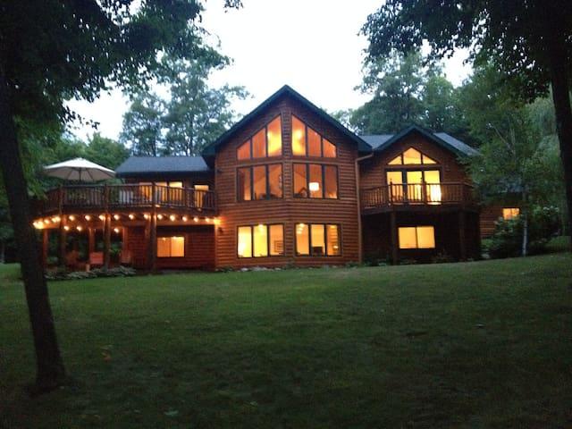 Deerwood Cabin