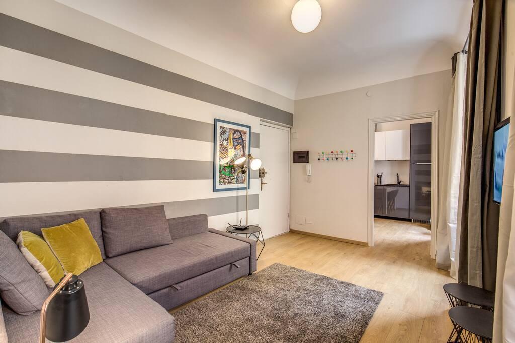 Downtown srl cinque terre decor appartamenti in for Four decor international srl