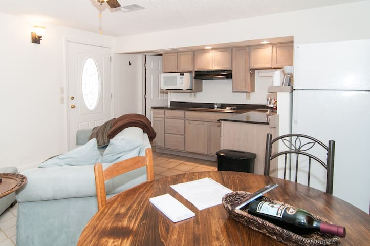 Charming 1bedroom Apt. NW Reno - Reno - Byt