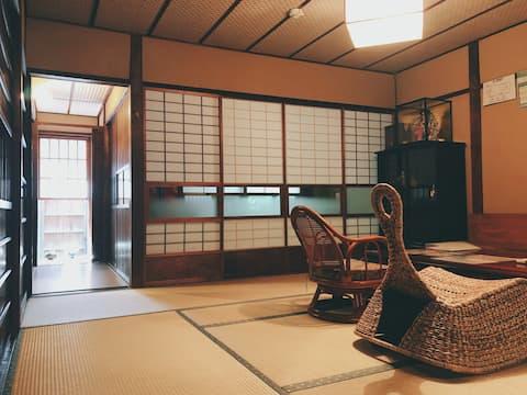 【洛・雨山】二条城付近✧京都和風一軒家✧最大五人まで入居可能