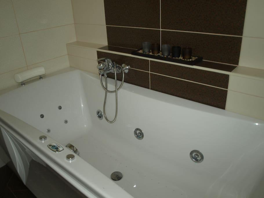Extra fürdő