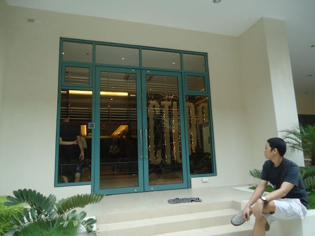 condo unit for travelers/transients - Manila - Bed & Breakfast
